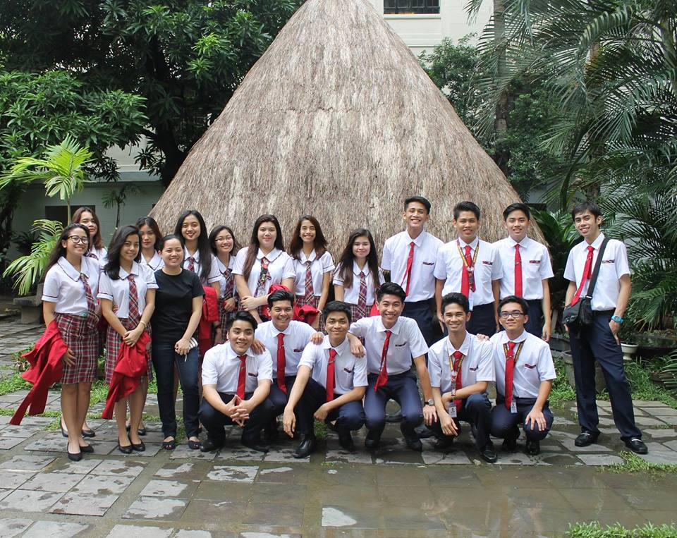 Senior High School students pose with their STEM 2 adviser, Ms. Maika Hayashi (in black) during their Field Trip last Semester.