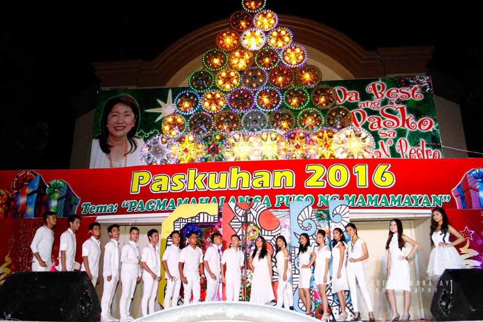 The 18 candidates of Mr. & Ms. Science 2017 pose at the San Pedro Town Plaza stage during the Gabi ng Casa del Nino sa Paskuhan ng San Pedrro.