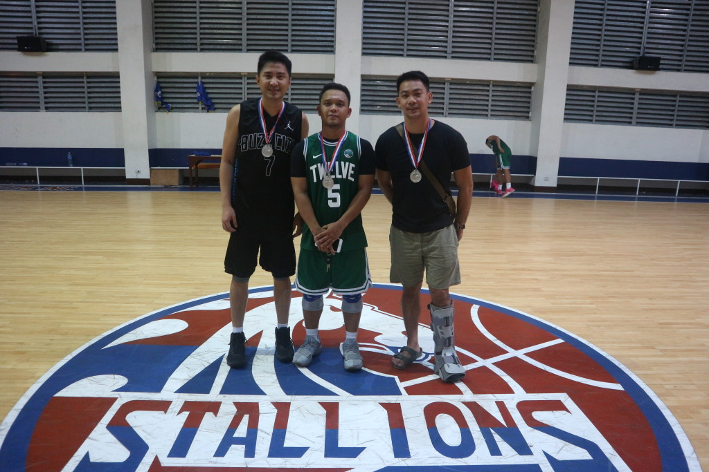 3 out of 5 awardees included in the Mythical 5 were awarded their medals after the Final game last Sunday, May 6 at the CDN Phase 6 gym. L to R: Kenneth Non, AJ dela Cruz and JokJok Raña.